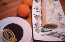 Brazo Gitano de Naranja con Salsa de Chocolate