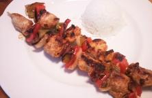 Brocheta de Pollo en Adobo con Pimiento y Jamón