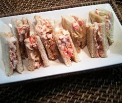 Sandwich de Palitos de Cangrejo