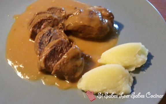Fotográfia principal Carrillada de Cerdo con Salsa de Oporto y Pure de Patatas